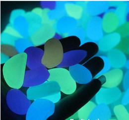 pietre di decorazione di nozze Sconti Fashion Garden ornamenti in pietra bagliore nel buio luminoso Pebbles Stones per i rifornimenti di evento Walkway decorazione della festa nuziale