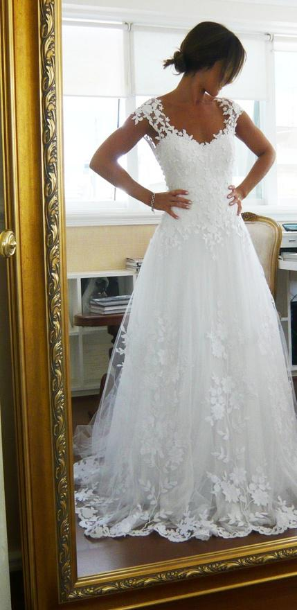 2013 Hot Sale Wedding Dresses Sexy White/Ivory A-line V-neck Backless Lace Cap Sleeves Sweep Train