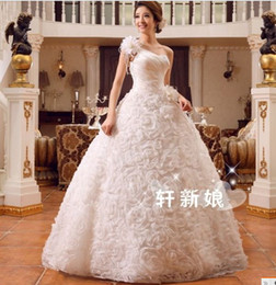 Wholesale Embroidery Wedding Dress One Shoulders - 356 new fashionable sexy multi flowers one shoulder ball gown bridal gowns 2017 custom made plus size wedding dress dresses