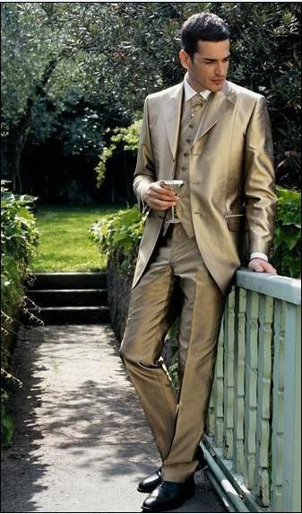 Drie Knopen Gouden Bruidegom Tuxedos Notch Revers Beste Man GroomsMen Mannen Bruiloft Past Prom / Montalles / Bridegroom Suit jas + Broek + Tie + Vest J13