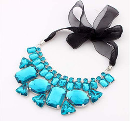 Nuevo collar de collar falso grueso de las mujeres de la manera de la marca collar grande de la declaración del Rhinestone 5 colores 3pcs liberan el envío