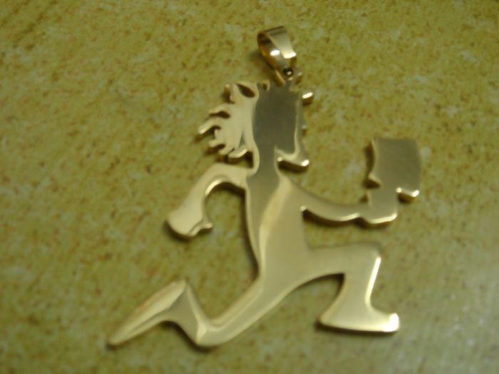 جودة عالية لون الذهب كبير 2 '' المقاوم للصدأ hatchetman القلب الصداقة سحر قلادة شحن سلسلة برنامج المقارنات الدولية أداء المجوهرات jugalo