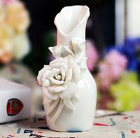 Wholesale Cheap Vases Flowers - News White Ceramics Rose Pattern Cheap Vases Flower Vase for Home Decoration DEC09