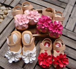 Big Flower Baby Shoes Canada - Summer children sandals for girl 3D big flower cowhells bottom pu fabric girls princess shoes 1-3Year baby sandals shoes QS315