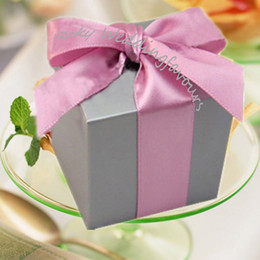 Wholesale Ivory Square Boxes - Free Shipping!50pcs lot!Quality Candy Boxes Silver Colors Square Wedding Favors Boxes with Satin Ribbon