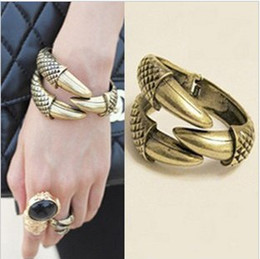 Wholesale Eagle Talons Bracelet - Popular Vintage Claw Cuff Bangle Bracelet For Women Eagle Bird Claw Talon Free Shipping(Mini Order Is $10+Gift)