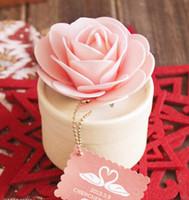 rosa rose gefallen großhandel-20 Stück rosa Rose Schmuck Geschenkboxen Hochzeit Gefälligkeiten Candy Box Weihnachten