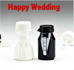 Wholesale Photo Bubbles - Novelty Bride and Groom Wedding Bubble bottle mini soap water bottle for wedding decorations Supplies Free Shipping