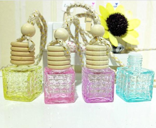 Botella de perfume de cristal del color 10ml Frascos de aceite esencial MINI con las tapas de madera que cuelgan la decoración DC438 del coche