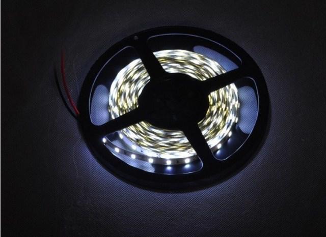 Бесплатная доставка-супер яркий 5630 светодиодные полосы холодной whitewarm белый 60LED / метр SMD свет DC12V водонепроницаемый