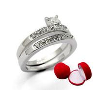 18 k swarovski kristal elmas yüzük toptan satış-Toptan-Takı 5 takım swarovski kristalleri 18 K beyaz altın kaplama Yüzükler Rigant yüzük sevgililer Günü hediye jewely Simüle Elmas