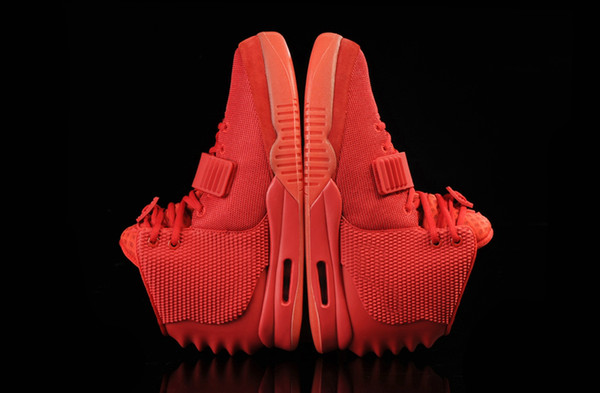 Red October 2 SP Men Basketball Shoes With Dust Bag Men's Sports Sneakers Glow The Dark Outdoor Athletic Casual Trainers With Shoe Box