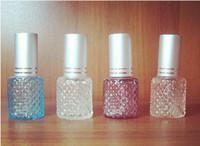 botellas de spray de perfume de color al por mayor-8 ML Botella de Perfume Travel Scent Atomizer Spray Recargable Maquillaje Vacío Aftershave Colored Glass Bottle Mejores Regalos HK Post Free 10 UNIDS Wholesa