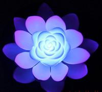 fleurs de lotus en soie artificielle achat en gros de-AAA Qualité Artificielle En Soie LED Flottant Fleur De Lotus Avec Coloré Changement De La Lumière Pour La Fête De Mariage Décorations Fournitures