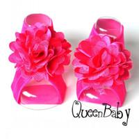 bebek çiçek elastik ayakkabı toptan satış-Trail Sipariş Bebek Çıplak Ayaklı Sandalet Çift Çiçek ve Geniş Elastik, Kız Bebek Ayakkabıları, Bebek Aksesuarları 20 çift / grup QueenBaby