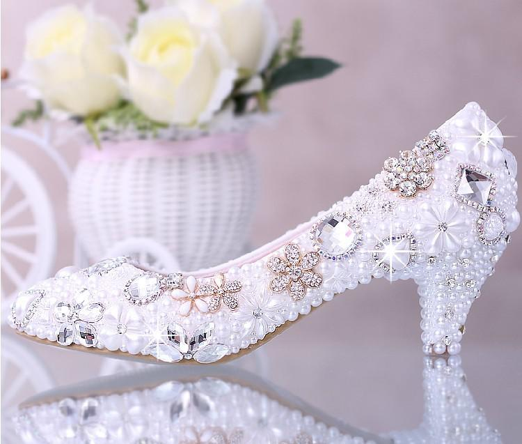 Luxurious Elegant Imitation Pearl Wedding Dress Bridal Shoes Crystal diamond low-heeled shoes Woman Lady Dress Shoes White