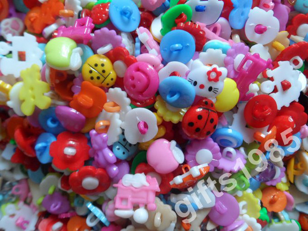top popular Wholesale Multi-style resin cartoon buttons, children colored buttons, can be used as clothing, bags and hand mix 10 packs or more DHL free 2021