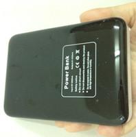 mobil güç kaynağı pili toptan satış-Evrensel 2A Mobil Güç Kaynağı USB Pil Şarj 18650 Kutu 2A Iphone Ipad cep telefonu cep telefonu için Giriş 2A Çıkışı