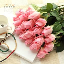 Rosas individuales online-REAL TOUCH Roses Flower 55cm Crema / Rosa Seda artificial Rosas Brotes Tallo único para la boda nupcial ramo / centros de decoración
