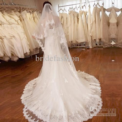 Amazing!!2013 Hot Sale 3M Long One Layer Chic Lace Bridal veils