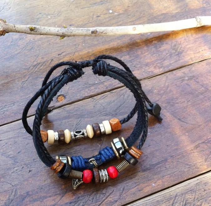 Modeschmuck Damen Mens handgemachte Leder geflochten Hanf Surfer Gürtel Armband Armband mit Blättern für Mann oder Frauen Y009