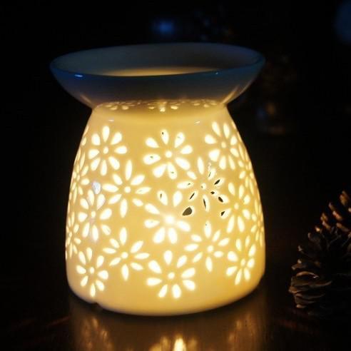 Delightful Hollow Carved Ceramic Candle Burner Candle Holder Fragrance Lamp Gold  Votive Candle Holders Green Candle Holder From Sale_top, $19.51  Dhgate.Com