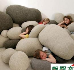La decorazione domestica 1set / lotto del giocattolo dei bambini del cuscino del ciottolo del cuscino del cuscino del divano di pietra vivente libera il trasporto da