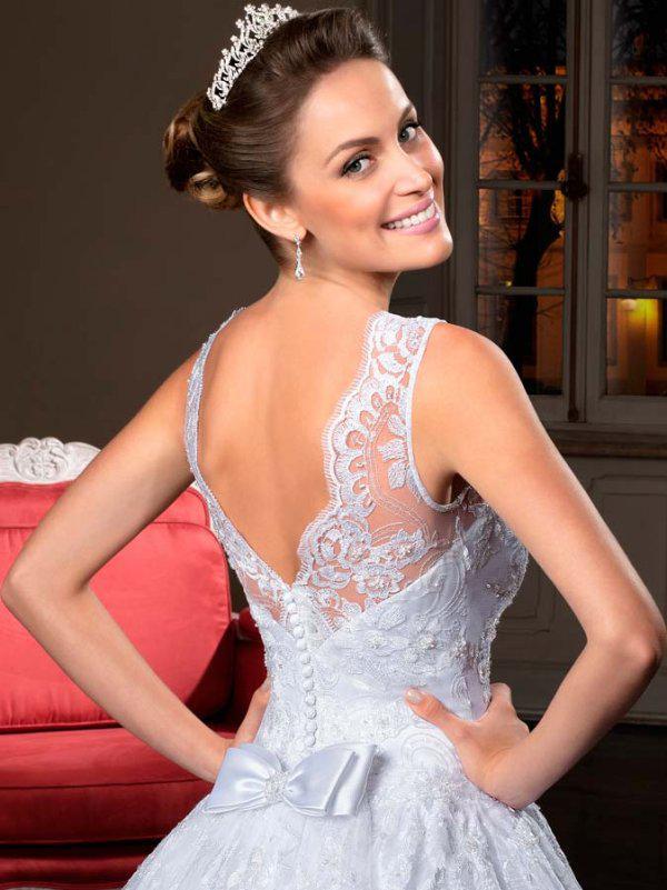 Neue Ankunft 2019 Elegante Wunderschöne A-Linie Illusion Hohe Kragen Spitze Button Hintere Brautkleider Brautkleider Benutzerdefinierte Vestidos de Ehe