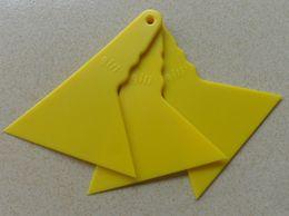 $enCountryForm.capitalKeyWord Canada - Wholesale Small triangle Scraper for 3D Carbon Fiber car Squeegee Car Film Tools PT-A5