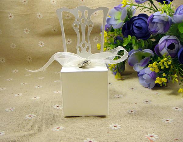 Scatole di caramelle a forma di sedia di vendita calda nuove caramelle favori novità bomboniere titolari di favore 50 pz / lotto pacchetto di caramelle matrimonio festa a tema