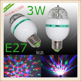 Argentina E27 RGB 3W LED Lámpara de bombilla de luz giratoria para Chrismas Party 85-265V AC Pequeño cuerpo 60mm * 110m cheap rotating party led lamp bulb Suministro