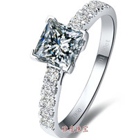 corte de princesa de ouro venda por atacado-Luxo 1 ct Princesa corte, prata esterlina anéis banhado a ouro branco anel de noivado para senhora, simular anéis de diamante para as mulheres