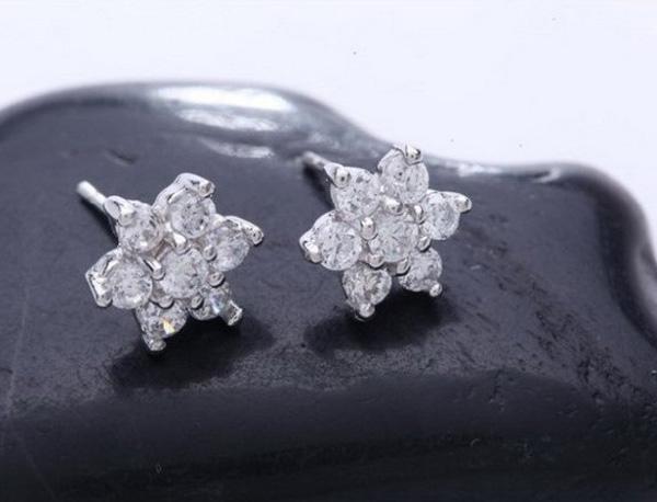 Cristal de lujo joyería de la nieve chapado en oro blanco 925 pendientes de plata esterlina del perno prisionero para las mujeres Bohemia Femme joyería envío gratuito