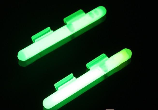 palo luminoso de la pesca de la noche con el clip para la barra del bastidor del cebo palo del clip del resplandor