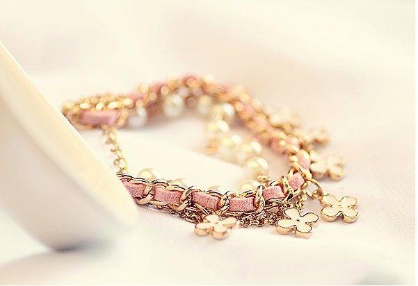 Fashion women Charm Jewelry multilayer Bracelets Flower Pearls Four Leaf Clover Beaded leather Strands Cuff Link Chain Wedding Bracelet