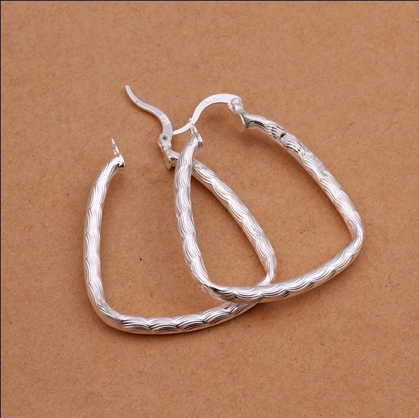 Dreieck mit Fisch-Band-Ohrring-Art und Weise 925 silbernen Schmuck Weihnachtsgeschenken für Frauen geben Verschiffen / frei
