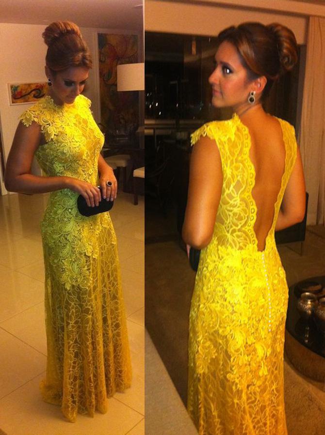 Vestido de renda amarelo 2019 Glamorous Lace Mangas de cuello alto sin espalda Vestidos de noche Vestidos de baile