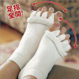 Wholesale Sleeping Massage Toe Socks - Free Shipping Free Shipping (500PCS lot) Happy Feet Foot Alignment Socks Comfy Toes Sleeping Socks Massage Five Toe Socks