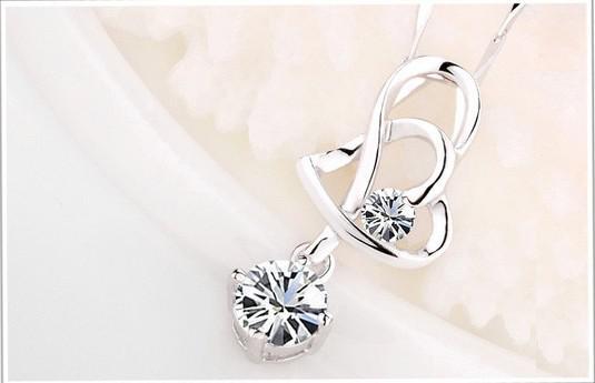 925 Sterling Silver Pendant Halsband Ny Ankomst Kärlek Charm Kristall Hjärta Hänge Amethyst Halsband Smycken Kvinnor Skönhet