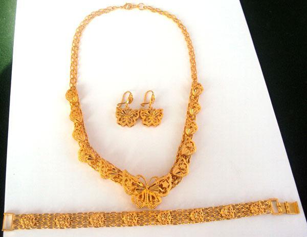 NOUVEAU Noble femmes 24k or papillon collier pendentif boucle d'oreille bracelet définit 100% or réel, pas solide pas d'argent.