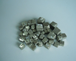 Pyrit gold online-Großverkauf 600g / lot verkaufsförderung 5mm-10mm und 15mm-20mm dummy gold pyrit cube kristall mineral original rock probe sammlung