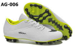 Wholesale Men Soccer Shoes Venom - Cheapest Price Soccer Shoes Edition Venom Phantom AG Jnr Boots Charcoal Crimson Blk Sports Shoes Men s America Football Shoes Men s Trainers