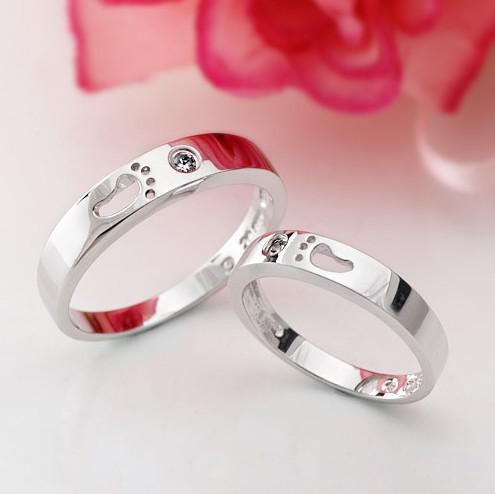 30% 925 Sterling Silver Ringar för Kvinnor Vitguld Pläterad 1CT Swiss Diamond Footprint Ringar för Kvinnor Par