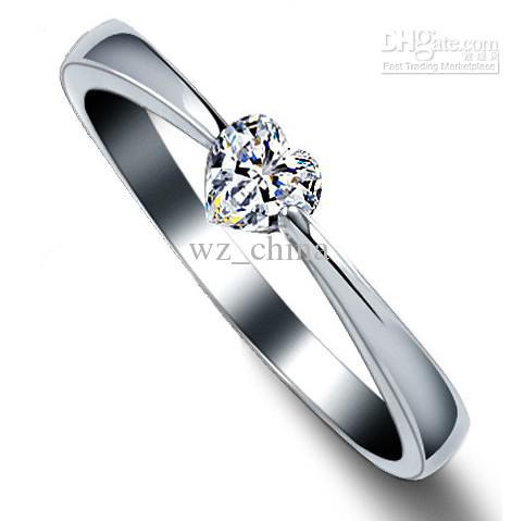 Anillos de corazón High Quality Love Charm Jewelry 925 Sterling Silver Blanco Chapado en oro 1ct Anillos de diamante suizo para mujeres