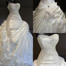 $enCountryForm.capitalKeyWord Canada - Dazzling sweetheart A-Line shiny beaded rhinestones handmade flower wedding dresses sweep train pick-ups castle wedding gowns bridal gowns
