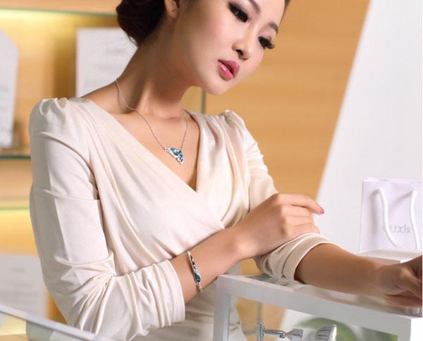 Luxe Saphir Bracelets Bijoux Nouveau Style Charmes Bleu Autriche Diamant Bracelet Bracelet 925 En Argent Sterling Verre Chaussures Bijoux À La Main