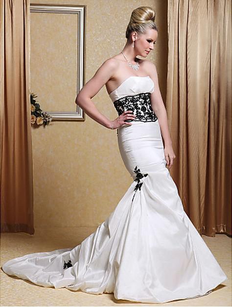 Ny klassisk taffeta strapless strapless appliques spets svart applikationer trumpet kapell tåg sjöjungfru bröllopsklänningar