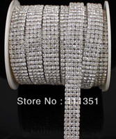 R4 1 yarda de 4 filas de diamantes de un Rhinestone Wedding Cake Banding Trim Cake Ribbon Decoración