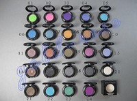 Wholesale Glitter Pigments - HOT makeup 1.5g Eyeshadow Single Eye shadow pigment with 24 colors +FREE GIFT