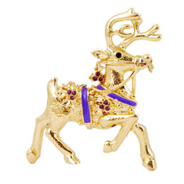 Wholesale Reindeer Brooch - Fashion 6 Styles Golden Reindeer Christmas Brooch Pin Colorful Rhinestone Pin Lot Women Christmas Gift SD021